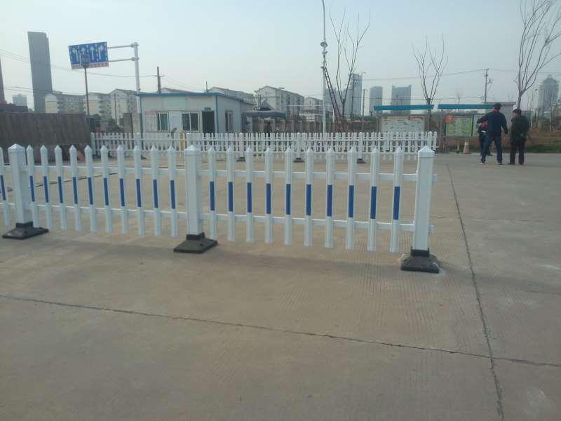 锌钢围墙护栏/小区锌钢护栏具哪些优势呢?